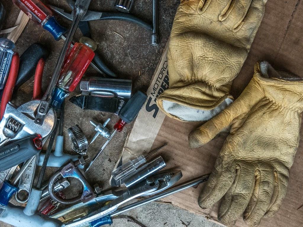 tools used for Vespa maintenance