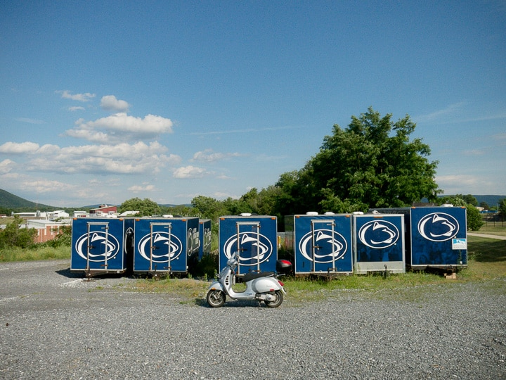 Vespa GTS scooter with Penn State trailers