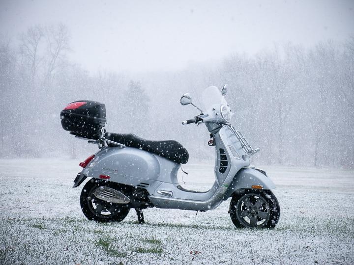 Snow Vespa