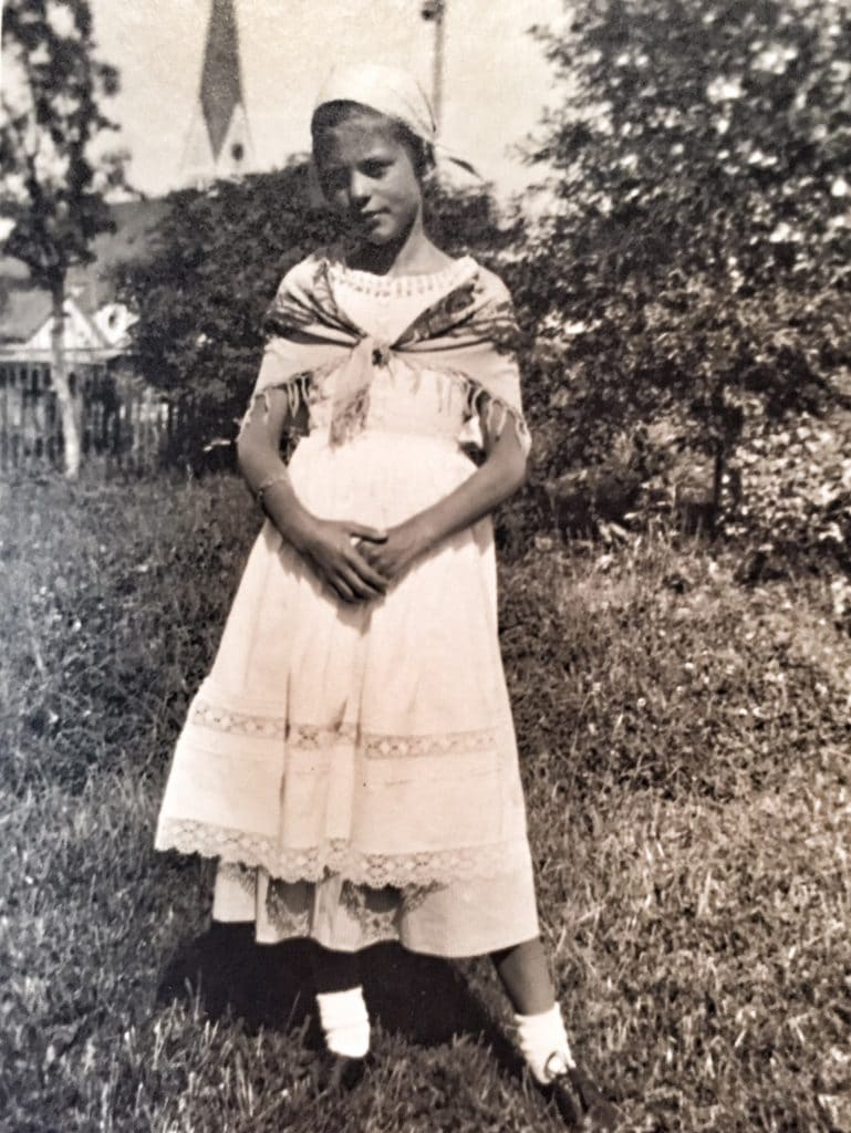 Young girl in 1933