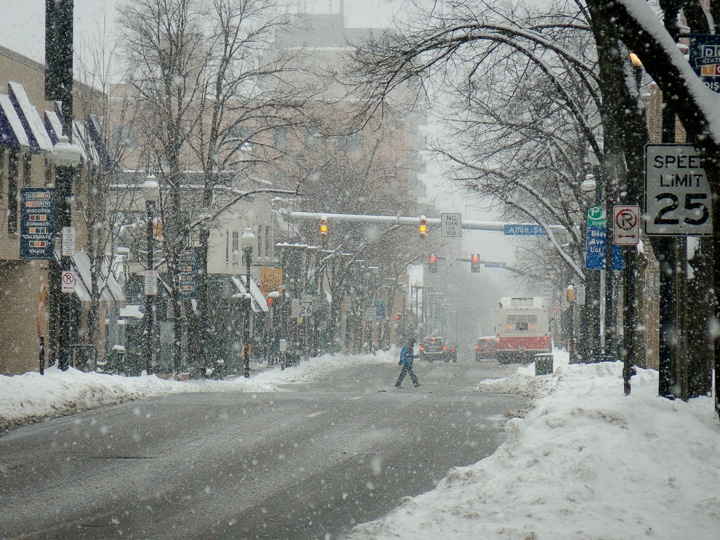 Beaver Avenue while snow falls in State College, Pennsylvania